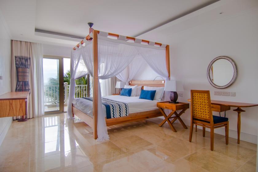 Deluxe Hotel room 1