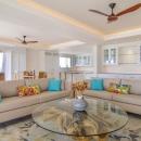 Hemingways apartment living room2