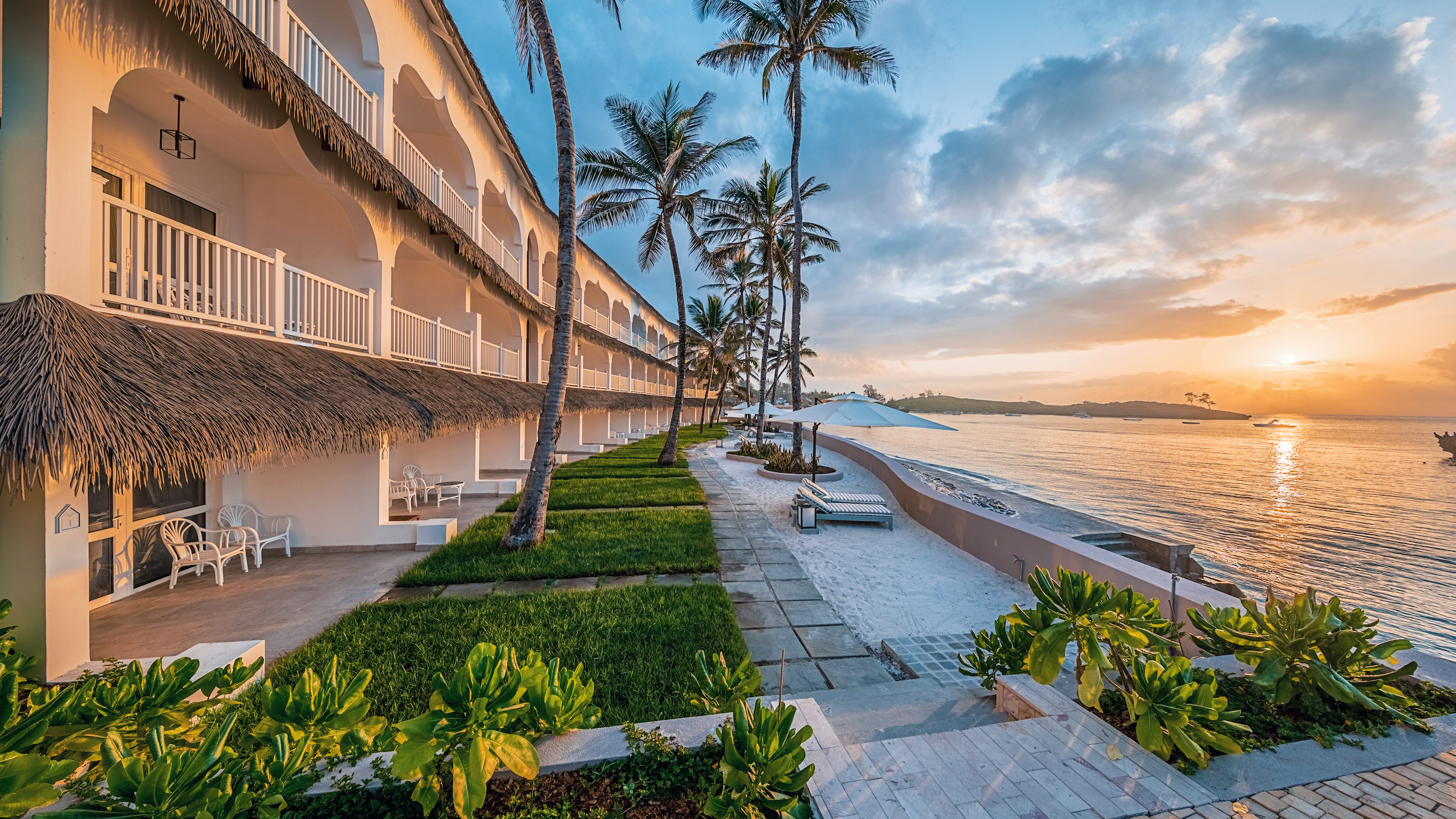Perfect Sunrise view from Ocean View Rooms