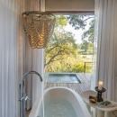 River Lodge bathroom 2